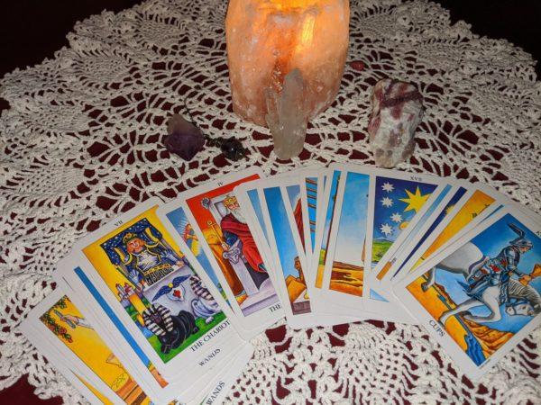 Gratis tarot legging; diverse online tarot kaart leggingen
