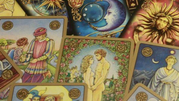 Tarot astrologische legging